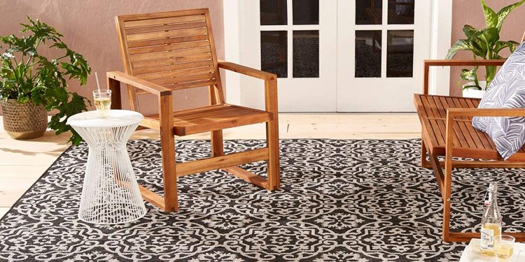 outdoor carpeting